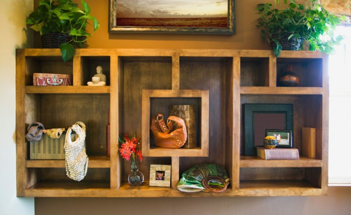 Wooden display shelf cluttered with things, Image: 29351536, License: Royalty-free, Restrictions: -, Model Release: no, Credit line: Profimedia, Built images